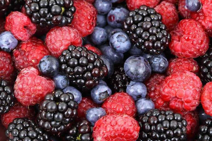 berries which is one of the best keto diet food plan for weight loss